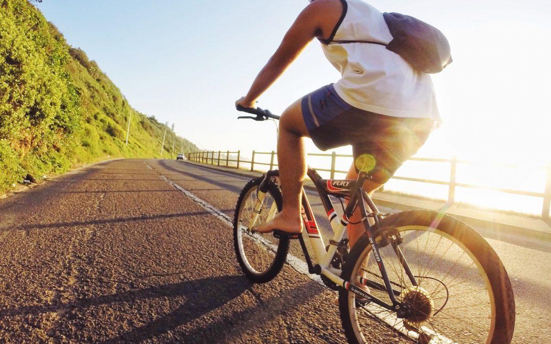 Comment bien s'équiper lorsque l'on fait du vélo ?